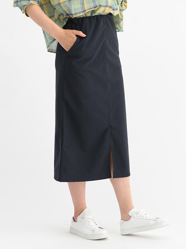カットソータイトスカート